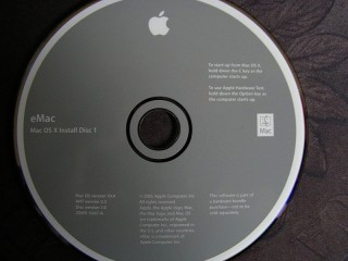 eMac OS X 10.4 Install Disks 1&2 (2005)