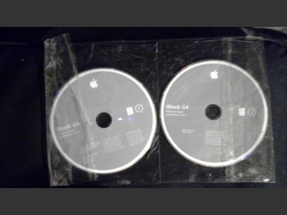 iBook G4 2005 Original Install Discs UK Retail (2005)
