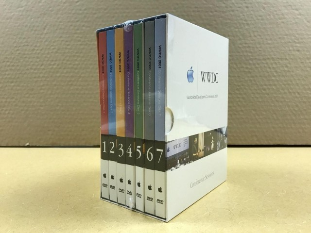 WWDC 2001 Conference Sessions DVDs (2001)